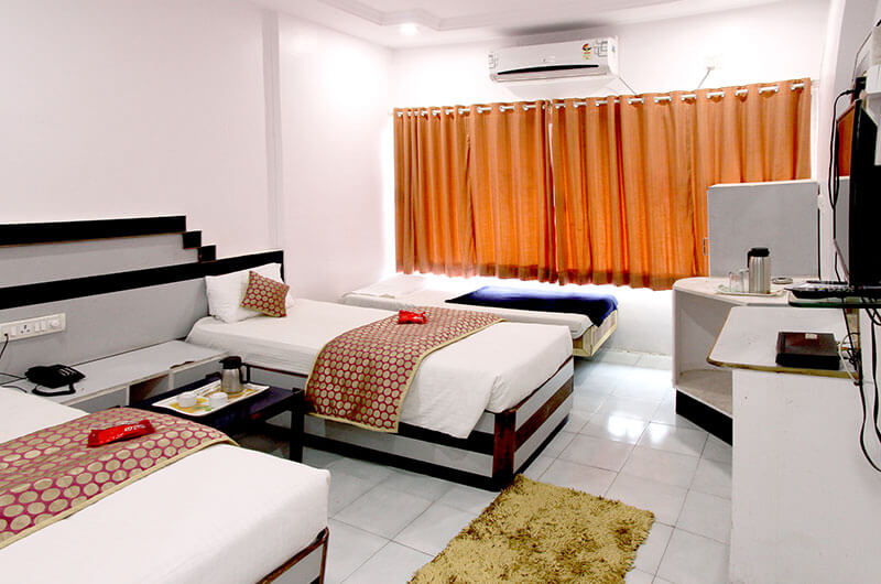 Hotel Raj- Executive AC Room